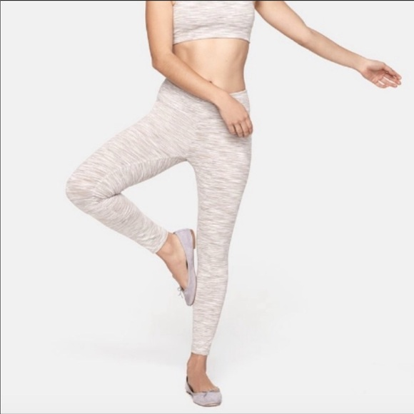 a8e23f58c2bf46 Outdoor Voices Pants | Strata Legging | Poshmark